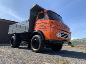 R.C. Pillar & Sons Ltd tipper TS3 Commer Knocker lorry